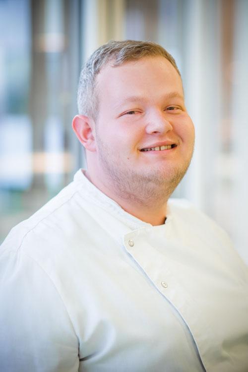 Foto von Eric Becker, Stellvertretende Küchenleitung